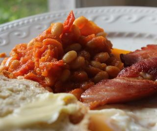 Stove-top 'Boston Baked Beans' Variation - English Breakfast Side Dish