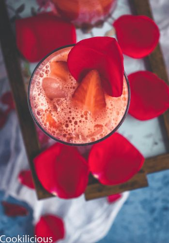 Orange-Strawberry Spritzer