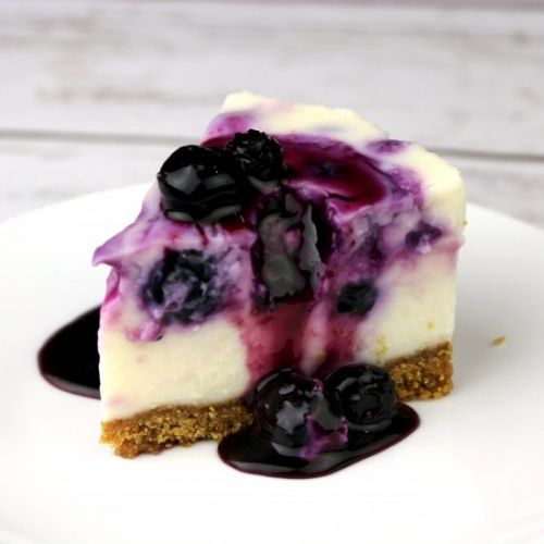 WhiteChocolate Blueberry Cheesecake