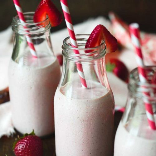 Vegan Strawberry Shortcake Smoothie