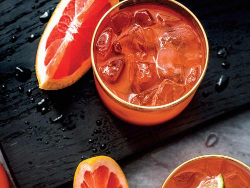 Ratterwick Punch (Sparkling Gin, Aperol, and Grapefruit Cocktail)