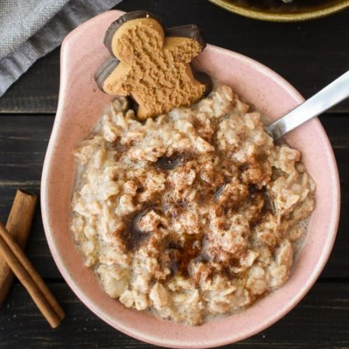 Healthy Gingerbread Oatmeal