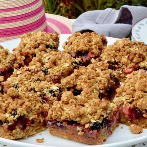 Blackberry and Apple Crumble Bars