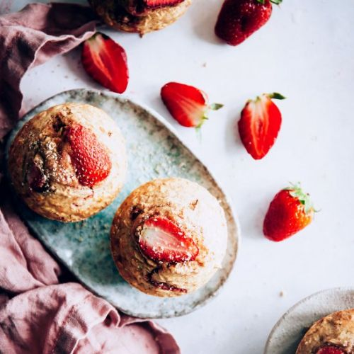 Strawberry Baked Oatmeal Cups