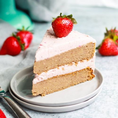 Vegan Homemade Strawberry Cake