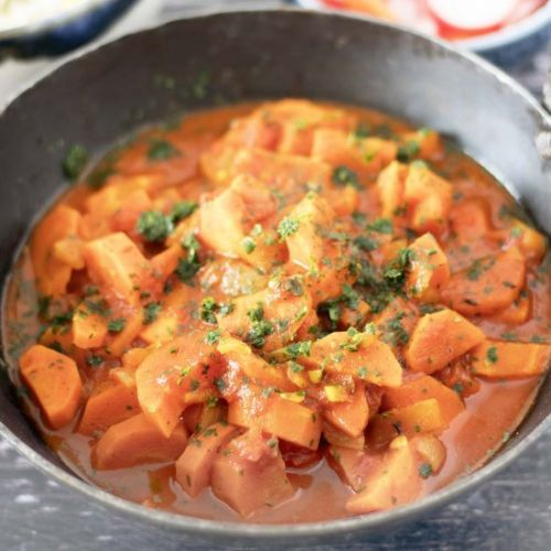 Easy one pot carrot curry