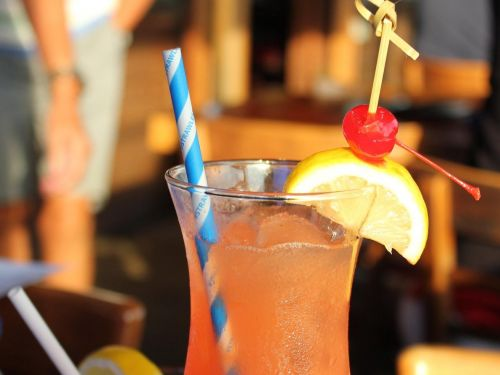 What Does It Take to Make a Decent Paper Straw?