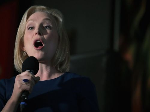 Kirsten Gillibrand Speech Interrupted by Iowa Ranch Dressing Fanatic