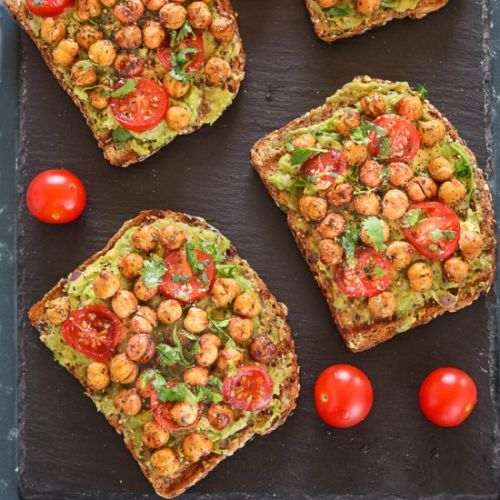 Avocado Toast With Roasted Chickpea