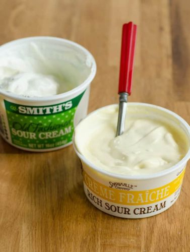The Real Difference Between Sour Cream and Crème Fraîche