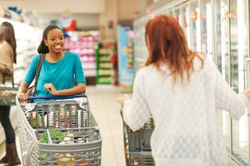 10 Grocery Store Etiquette Rules You May Be Breaking