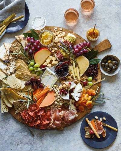 The Thanksgiving Trend To Try This Year Instead of Fussy Appetizers