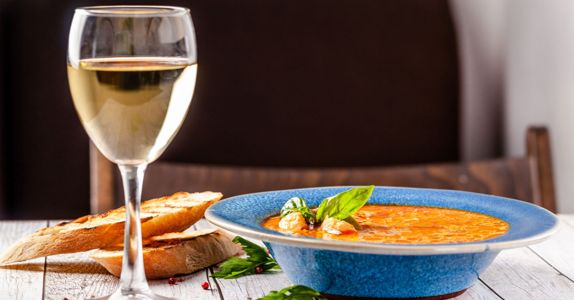 The Complete Guide to Pairing Alto Adige Wine With Soups & Stews