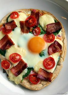 Individual Breakfast Pizzas