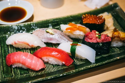 Japanese Dining Etiquette 101 - Reader's Questions 食事のマナー