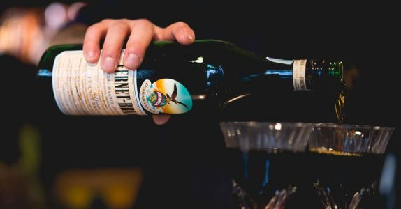 Argentina's Beloved, Two-Ingredient Cocktail Transcends Age, Class, and Economic Turmoil