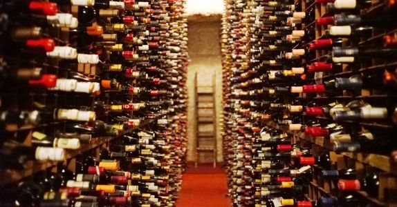 Bern's Steak House, With the Biggest Wine Collection in the World, Is Nostalgic for an America That Never Was