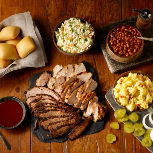 Local Restaurateurs Bring Dickey's Barbecue Pit to Bowie, TX