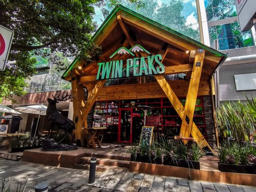 Twin Peaks Propels International Expansion with New Latin America Openings