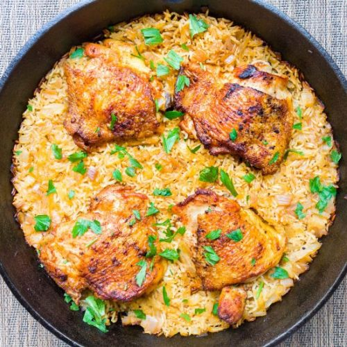 Crispy Chicken Thighs with Rice