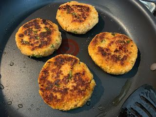 Using up leftovers: Couscous Chickpea Burgers!