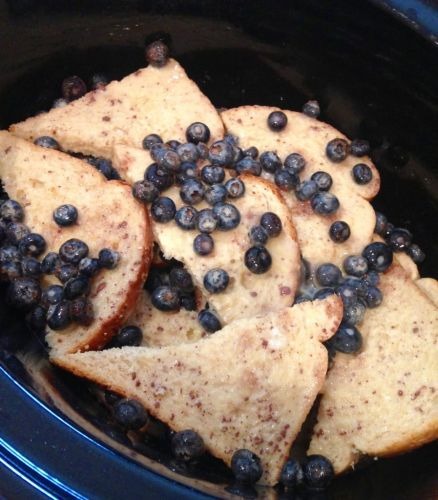 Skinny Slow Cooker Blueberry French Toast