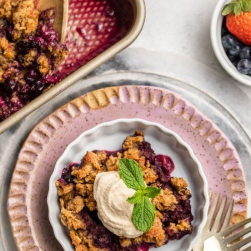7 Ingredient Berry Crumble