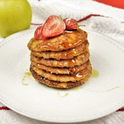 Easy Cinnamon Apple Pancakes